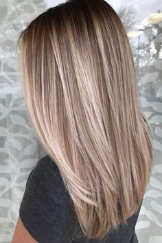Hairstyles Ideas: 51 Very Popular Blonde Balayage Hairstyling and Hair Painting Idea . - womenfashion:separator:Hairstyles Ideas: 51 Very Popular Blonde Balayage Hairstyling and Hair Painting Idea . Coiffure Hair, Natural Hair Styles, Short Hair Styles, Natural Hair Colour, Natural Curls, Brown Blonde Hair, Highlights For Blonde Hair, Black Hair, Baylage Blonde