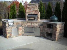 Picture of Easy Custom Big Green Egg Island with Twin Eagles Salamangrill