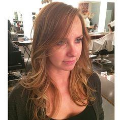 #ShareIG From All Blonde hair To Soft Balayage highlights hair ❤️ #balayage#sombre#softombre#hairhighlights#instahair#longhairideas#longhairdontcare#hairoftheday#blonde#caramelblonde#beigeblondehighlights#softhighlights