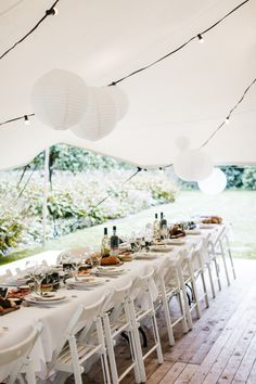A wedding in a tent – what do you have to pay attention to? You can find all Do's & Don'ts – Wedding Planning Tent Wedding, Summer Wedding, Wedding Planning, Table Decorations, Canning, Wall, Furniture, Food Trends, Pay Attention