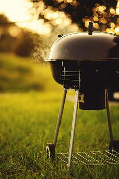 The summery weather is making us want to get our BBQs out, invite all our friends over and chill some wine whilst listening to chilled out summer tunes :) Grill N Chill, Grill Time, Bbq Grill, Summer Tunes, Summer Breeze, Summer Days, Summer Barbeque, Charcoal Bbq, Cooking Equipment