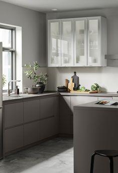 Grey Ikea Kitchen, Modern Ikea Kitchens, Modern Grey Kitchen, Ikea Kitchen Design, Interior Design Kitchen, Home Kitchens, Condo Kitchen, Home Decor Kitchen, Ikea Kitchen Remodel
