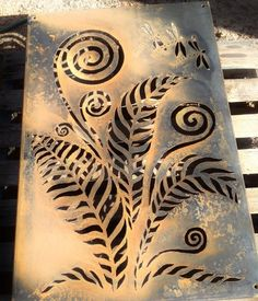 From sketch to rusty metal art. Designed and handcrafted by Inge Giebeler, using a plasma cutter