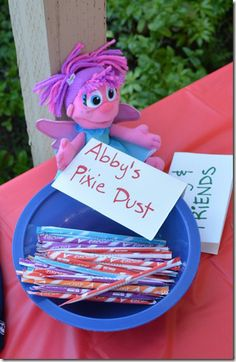 Abby's Pixie Dust - offer pixie sticks at an Abby Cadabby inspired birthday party. We love this magical idea! 3rd Birthday Parties, Birthday Fun, Seasame Street Party, Elmo Party, Elmo Birthday Party Ideas, Sesame Street Birthday Party Ideas, First Birthdays, Abby Cadabby, Pixie