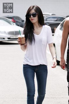 what i love about hyuna: She may be dressing all sexy all the time, but when she wears this kind, it just shows her real beauty #Hyuna #4minute