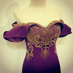 Cute Flower Girl Dresses, Girls Dresses, Blouse Patterns, Blouse Designs, Bling Dress, Blouse Styles, African Dress, Pakistani Dresses, Traditional Dresses