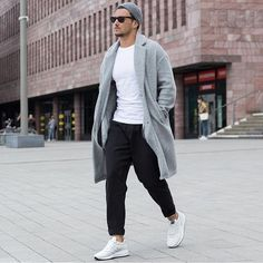 "Humans With Style on Instagram: ""~ by @sandroisfree #HumansWithStyle #HwS ———————————————————————— Outfit: Unknown ———————————————————————— Make sure to follow my friends over at: @streetfashionchannel @trillestoutfit @fashion_qrew @blvckxculture @mensfashion_insta @mfashiony @real.climax To get a feature on their profile and for daily fashion post! ———————————————————————— ➡️ TAG #HumansWithStyle or @humanswithstyle to get a featured on our profile! Follow @humanswithstyle for daily post of…"