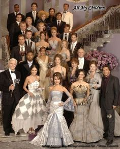 All my Children forever! I loved the masquerade ball show. Julia Barr, Bobbie Eakes, Ian Buchanan, Susan Lucci, Soap Opera Stars, Soap Stars, Time Warner, Masquerade Ball, Masquerade Attire