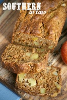 This Healthy Apple Bread Recipe is SO delicious and so easy to make. Low fat, gluten free, refined sugar free, clean eating friendly and the perfect breakfast, snack and meal prep inclusion as it is also freezer friendly! Apple Bread Recipe Healthy, Sugar Free Apple Recipes, Sugar Free Apple Cake, Healthy Apple Desserts, Low Sugar Desserts, Apple Dessert Recipes, No Sugar Foods, Apple Recipes Healthy Clean Eating, Apple Butter Recipe No Sugar