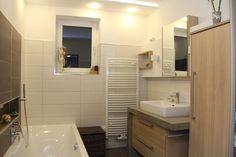Toilet, Bathroom, Design, Carpentry, Full Bath, Bathing, Nice Asses, Washroom, Flush Toilet