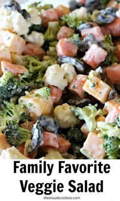 Family favorite veggie salad - life should cost less salads Costco Chicken Bake, Baked Chicken Recipes, Chicken Bacon, Salad Recipes, Healthy Recipes, Roasted Beets, Spinach Salad, Best Appetizers, Slow Cooker Chicken