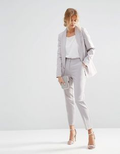 40 Trendy Work Attire & Office Outfits For Business Women Classy Workwear for Pr …, … - corporate attire women Work Attire Women, Office Outfits Women, Office Fashion Women, Mode Outfits, Work Fashion, Womens Fashion, Workwear Fashion, Fashion Edgy, Fashion Jewelry