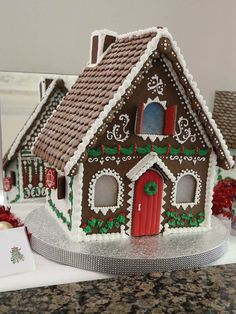 gingerbread house www.gingerbreadjournal.com Gingerbread House Parties, Gingerbread Decorations, Christmas Cake Decorations, Christmas Gingerbread House, Gingerbread Cookies, Gingerbread Village, Christmas Deserts, Christmas Food Gifts, Christmas Cooking
