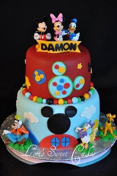 Dalton loves Mickey Mouse Clubhouse - this cake would be perfect for his 1st birthday! Love it:)