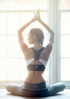 Free People Yoga Wear wow this girl looks like alexiess a girl i use to be in ballet with.