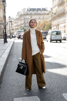 Mode Outfits, Fashion Outfits, Womens Fashion, Casual Winter Outfits, Fall Outfits, Beige Outfit, Street Style Trends, Modest Fashion, Autumn Winter Fashion