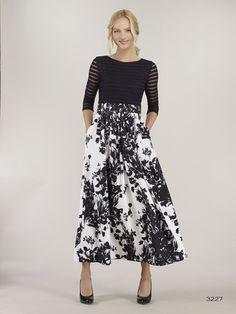 f5702595367b Bigio Party Dress in Black & White Black White Parties, Midi Skirt, High  Waisted