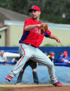 Cliff Lee #33 --> aka awesome! perfect pitcher in one picture <3