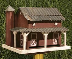 Give your backyard birds a place to snack with this rustic primitive barn bird feeder. Handcrafted by skilled Amish craftsmen, this unique bird feeder brings a touch of rustic beauty to your yard or garden and happiness to your feathered friends. Bird House Plans, Bird House Kits, Bird Houses Diy, Fairy Houses, Unique Bird Feeders, Rustic Bird Feeders, Bird Suet, Bird House Feeder, Bird Feeder Plans