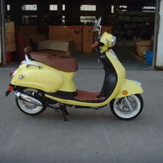 Hey remember that time when I wanted a Vespa? 50cc Scooters and Mopeds at Green Earth Scooters. Save Some Green