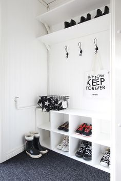 Master Bedroom Closet Walk In Closet Designs Ideas Design Trends . Decoration Hall, Cosy House, Closet Layout, Master Bedroom Closet, Organizing Your Home, White Decor, Modern Bedroom, Interior Design Living Room, Inspiration