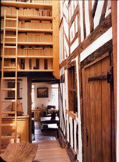 tudor house & bookshelves
