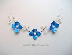 Wire flower with nail polish / Цветы из проволока и лака для ногтей by semeistvoadams.blogspot.com