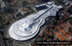 Vista Aérea: Centro Comercial Sambil Barquisimeto. Venezuela.