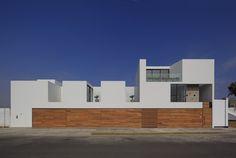 Gallery of Paracas House / Llosa Cortegana - 4