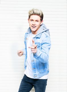 Find images and videos about one direction, niall horan and louis tomlinson on We Heart It - the app to get lost in what you love. Irish Boys, Irish Men, Niall Horan, Zayn Malik, Bae, Irish Singers, James Horan, I Love One Direction, My Prince