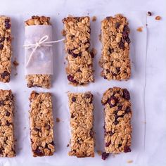 These chewy Healthy Homemade Granola Bars are so easy to make, you'll never want the store bought variety again! Plus they're gluten free and can easily be made vegan! Healthy Granola Bars, Healthy Bars, Healthy Sweets, Healthy Baking, Gluten Free Granola Bars Recipe, Granola Bar Recipes, Healthy Cereal Bars, Healthy Muesli Bar Recipe, Vegan Granola Bars