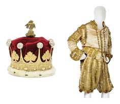 THE EARL OF GUILDFORD'S CORONATION ROBES  THE CORONET LONDON, 1820, MAKER'S MARK TH. The coronet of typical form, mounted in faux ermine and red velvet and with a central gilt and silver thread tassel.