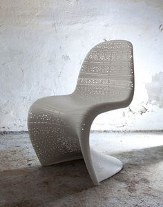 contemporary chairs, plastic chairs inspired by panton chair design