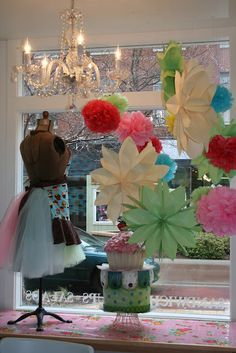 Beautiful window display.-------- love this!!!!!!!!!!!!!!!