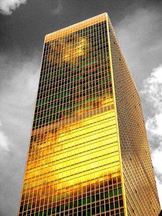 Gold by Roberto Alamino