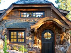 450-Square-Foot Cottage in Colorado. Designed by TKP Architects- click through for article and lots of great interior and exterior photos | Mountain Living