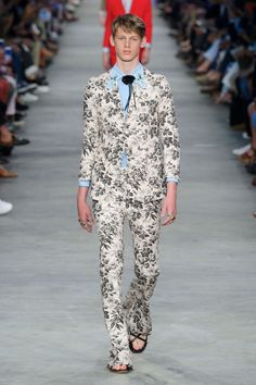 Gucci SpringSummer 2016 Collection - Milan Fashion Week - DerriusPierreCom (32)