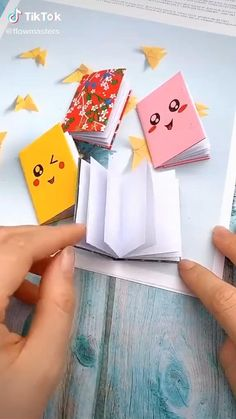 Cool Paper Crafts, Paper Crafts Origami, Diy Crafts For Gifts, Diy Arts And Crafts, Diy Paper, Fun Crafts, Origami Gifts, Summer Crafts, Tissue Paper