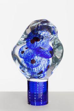 Sininen planeetta  Oiva Toikka  2012  50 x 25 cm  Hand blown glass  GF 6092