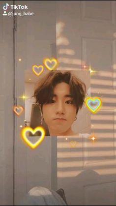 Stray Kids Chan, Stray Kids Seungmin, Felix Stray Kids, Daehyun, L Wallpaper, Fandom Kpop, Savage Kids, Kpop Gifs, Baby Squirrel