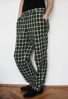 pantaloni vintage Pants, Fashion, Trouser Pants, Moda, Fashion Styles, Women's Pants, Women Pants, Fashion Illustrations, Trousers