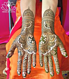 Beautiful Mehndi designs to beautify your hands this wedding season! Indian Henna Designs, Mehndi Designs 2018, Modern Mehndi Designs, Dulhan Mehndi Designs, Wedding Mehndi Designs, Mehndi Design Pictures, Beautiful Mehndi Design, Mehndi Designs For Hands, Mehandi Designs