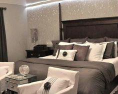 30 Inspiring Glitter Wall Paint to Make Over Your Room - Home Design Glitter Wallpaper Bedroom, Glitter Bedroom, Glitter Paint For Walls, Sparkly Bedroom, Glittery Wallpaper, Home Bedroom, Master Bedroom, Bedroom Ideas, Dream Bedroom
