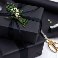 Gift Wrapping Ideas-This holiday survival kit is the ultimate collection of everything you need to h. Simple Christmas, Christmas Holidays, Christmas Crafts, Black Christmas Decorations, Winter Holidays, White Christmas, Elegant Christmas, Christmas Morning, Christmas Carol