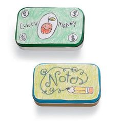 What a cute idea! Changeable Carryall Tins. You can use Avery 3270 printable magnet sheets. Draw or print.You choose. #organization