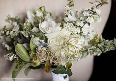 floral design by natural art by rebecca grace photo by natasja kramers