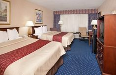 Pet Friendly Hotel In Knoxville Tennessee Papermill Road Red Roof Inn