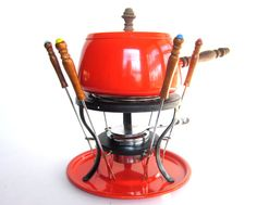 1970s home interiors party | ... Set, Enamel Fondue Pot in Original Box, Mod Home Decor, Entertaining.. I think we had this exact fondue set.