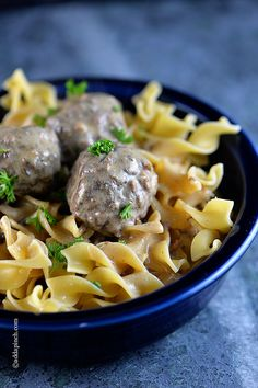 Swedish Meatballs Recipe - Swedish meatballs make a delicious dish served as an appetizer or as a main meal. A favorite family recipe made from scratch! Beef Dishes, Pasta Dishes, Pasta Sauces, Great Recipes, Dinner Recipes, Favorite Recipes, Beef And Pork Meatballs, Swedish Dishes, Swedish Meatball Recipes