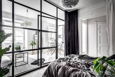 A small & dreamy Scandinavian apartment with a glass wall (Daily Dream Decor) Patio Interior, Interior Windows, Best Interior, Small Apartments, Small Spaces, Home Design, Interior Design, Modern Design, Scandinavian Apartment
